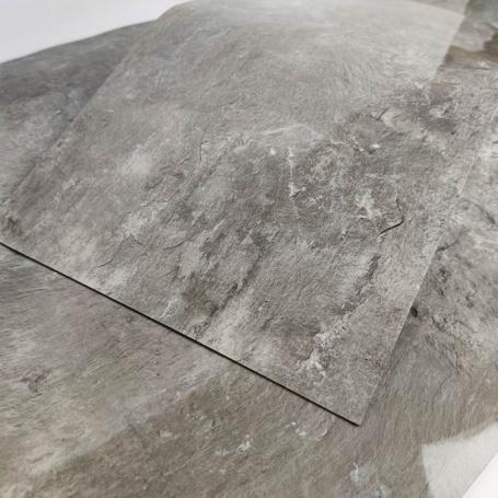 Cамоклеющаяся плитка для стен